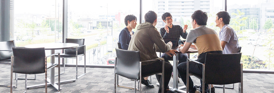 日本はなぜ従業員エンゲージメントが低いのか?|Adecco Group